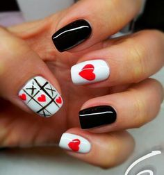16 Sweet and Lovely Valentijnsdag Nail Art Design-ideeën Heart Nail Designs, Creative Nail Designs, Creative Nails, Nail Art Designs, Heart Nail Art, Heart Nails, Cute Nails, Pretty Nails, Valentine Nail Art