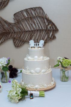 Sand & Chairs Wedding Cake - Perfect for a Beach Wedding, you could use Adirondack chairs to decorate your tables or pies