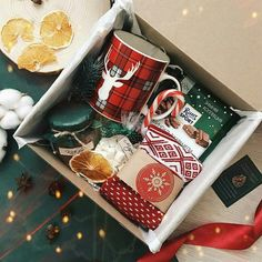 Gifts wrapping ideas for christmas boyfriend 25 ideas - Diy christmas gifts Christmas Gift Baskets, Christmas Gift Box, Simple Christmas, Holiday Gifts, Creative Gifts For Boyfriend, Birthday Gifts For Boyfriend, Boyfriend Gifts, Boyfriend Ideas, Boyfriend Christmas Gift