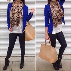 Leopard scarf with royal blue jacket. Love this outfit Cardigan Azul, Cardigan Outfits, Mode Outfits, Casual Outfits, Heels Outfits, Royal Blue Outfits, Look Office, Look Blazer, Blazer Jacket