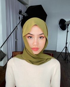 Potret 9 Member Twice Pakai Hijab, Cantik & Lebih Islami Creative Portrait Photography, Photography Poses, Niqab, Hijab Makeup, Hijab Collection, Casual Hijab Outfit, Hijab Fashion Inspiration, Turban Style, Hijab Tutorial