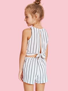 To find out about the Girls Slit Knot Back Stripe Shell Top & Shorts Set at SHEIN, part of our latest Girls Two-piece Outfits ready to shop online today! Cute Girl Outfits, Kids Outfits Girls, Fall Outfits, Summer Outfits, Girls Dresses, Kids Girls, Girls Fashion Clothes, Kids Fashion, Fashion Outfits