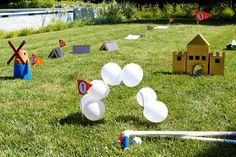 Find the best mini golf Party Decorations! Do you need decorations ideas for your mini golf party? Here are some cool mini golf party decoration ideas. Backyard Birthday, Outdoor Birthday, Picnic Birthday, 10th Birthday, Birthday Bash, Diy Yard Games, Backyard Games, Garden Games, Backyard Ideas