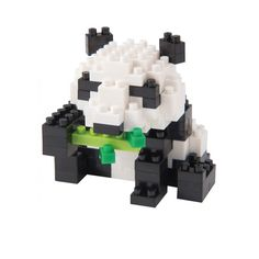 Panda géant - Nano Blocks are a bit like LEGO, but hipper and very stylish! They are smaller and have cute and trendy shapes: musical instruments, wild animals, famous people and even historic monuments from all over the worlds are part of the Nano Block collection. These Nano Blocks will take you back to your childhood so donøt wait, let your imagination run wild!