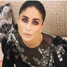 Kareena Kapoor Khan Turns A Total Fire Cracker As She Dazzled At HT India's Most Stylish 2019 - HungryBoo