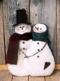Fabric Snow Couple, Snowmen & Frosty Friends Craft