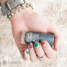Christmas Elves Jamberry nails  Jamwithjennyholmes.jamberry.com