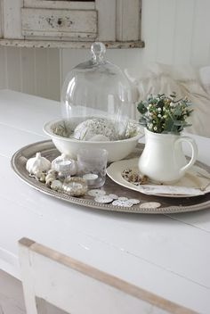Love the idea of using the bowl....nice composition...is that garlic?