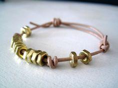 Resultado de imágenes de Google para http://suzyful.com/wp-content/uploads/2011/02/DIY-hex-nut-bracelet_2.jpg