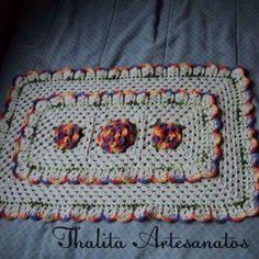 Tapete https://www.facebook.com/pages/Thalita-Artesanatos-Vendas/477031682453686