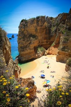 The Algarve area is the most popular tourist destination in all of Portugal. It's located in the south of the country and borders the Atlantic Ocean. The area is well visited, especially during the summer season, in which some towns can even be called very crowded. The high rock formations, beautifu