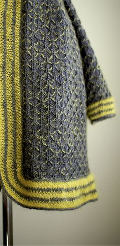 Ivel by Evi T'Bolt. Knit. Love gray and chartreuse together.