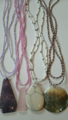Wholesale, job lot of 4 beaded necklaces. LOT 20. £14.99
