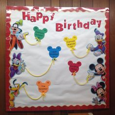 Mickey Classroom birthday bulletin :) I would add children's pictures to make it more personal Preschool Classroom Themes, Toddler Classroom, Preschool Learning, Kindergarten Classroom, Teaching, Classroom Ideas, Birthday Bulletin Boards, Classroom Birthday, Birthday Board