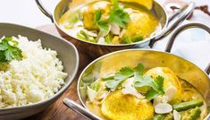 """The Vegetarian Keto Diet is getting more popular, the demand of meat-free meals is high. A great """"keto vego"""" dish is our Low Carb Indian Boiled Egg Curry Vegetarian Ketogenic Diet, Low Carb Vegetarian Recipes, Vegetarian Lunch, Curry Recipes, Keto Recipes, Dinner Recipes, Paleo, Healthy Recipes, 7 Keto"""
