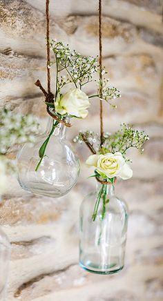 Vase Vintage style Bouteille à la mer. Ces jolis vases vintages sont à suspendre ou à fleurir sur vos tables de banquet. Tout simplement canon !