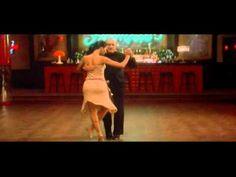 Robert Duval bailando tango argentino en la pelìcula rodada en Buenos Aires: Assassination Tango