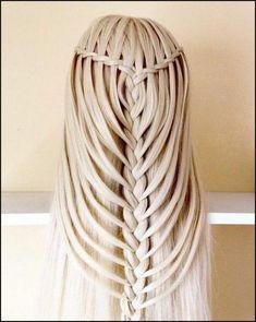 Die besten 25  Frisur glatte lange haare Ideen auf Pinterest ... | Einfache Frisuren