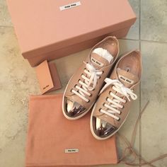 Miu Miu blush color sneaker Authentic Miu Miu lace up leather shoes! Metal cap toe! Blush color sneakers! size:36,5 Calzature Donna, ciprika color. Used 2wice! Little scratches on the metal.(not really notice) Exellent condicion!  Like new! No return! No trade! Miu Miu Shoes Sneakers