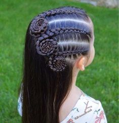 In love with this Dutch braid swirl style by ❤️? In love with this Dutch braid swirl style by ❤️? Little Girl Hairstyles, Trendy Hairstyles, Braided Hairstyles, Teenage Hairstyles, Boy Haircuts, Hairstyles For Children, Good Hair, Curly Hair Styles, Natural Hair Styles