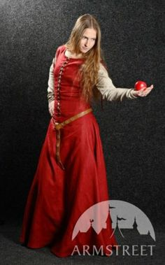 "Medieval Dress with Detachable Sleeves ""Medieval Dream"" 