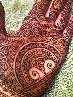 really rad palm design by www.blurberrybuzz.com