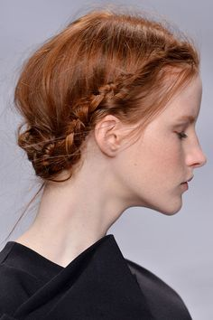 Prom Hairstyles Perfect For Anyone With Thin Hair - braided updo, use braid paste, texturizing hairspray and plenty of pins Prom Hairstyles For Short Hair, Haircuts For Fine Hair, Formal Hairstyles, Easy Hairstyles, Homecoming Hairstyles, Wedding Hairstyles, Gorgeous Hairstyles, Prom Hair Updo Elegant, Simple Prom Hair
