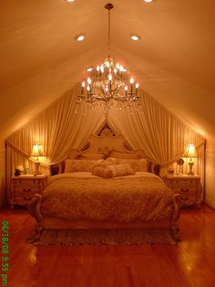 #Curtain #draped #walls to add #luxury and #romance ~ #wow.