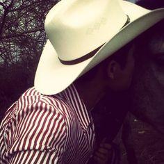 #CountryBoy #CountryLife #Cowboy #Redneck #Country #soyderancho #debotasyacaballo #ranchero #vivamexico