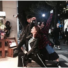 this is what happens when we visit my city, lol i love you daegu- sam (shirae, arin)