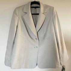 Le Suit Separates Woman   Size 14 W Wash . Dry. Wear .Wrinkle resistant ,travel friendly.New wit tags . Color Khaki Le suit Separates Jackets & Coats Blazers