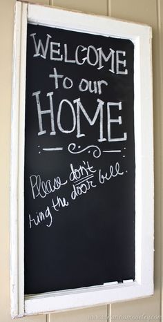Front Porch DIY Chalkboard - Ask Anna I hate the doorbell, I need this. Porch Decorating, Decorating Tips, Front Porch Makeover, Diy Chalkboard, Chalkboard Drawings, Chalkboard Lettering, Hand Lettering, Wood Block Crafts, Diy Porch