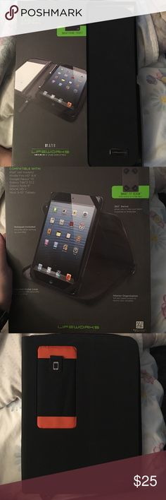 Tablet case 9-10 tablet case! Never used, comes with note pad inside, 360 swivel, smartphone pocket, and so much more! lifeworks Accessories Tablet Cases