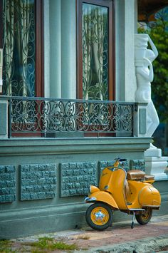 Vespa Classic - What a fun little scooter to drive around European cities on. #Vespa #Cute #Scooter
