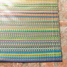 This Colorful Spring Looking Rug Can Perk Up Your Home At The End Of This  Dreary