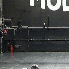 modernrockk/2016/11/21 01:23:50/:)))) . . . . . . . . . . . . .  #arcticmonkeys #am #alexturner #kasabian #sergepizzorno #muse #mattbellamy #avengedsevenfold #a7x #deathbat #therev #forever #thestage #rock