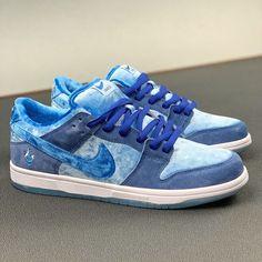 Remake Nike Sb dunk x Strange Love Blue by toptopcustomize All Nike Shoes, Kicks Shoes, Hype Shoes, Aesthetic Shoes, Aesthetic Style, Jordan Shoes Girls, Popular Sneakers, Nike Sb Dunks, Fresh Shoes