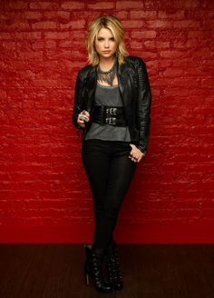 Repin: Pretty Little Liars star Ashley Benson #PLL #PrettyLittleLiars #AshleyBenson