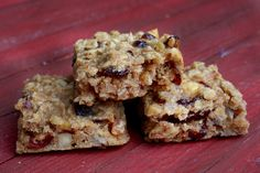 Tired of perusing the energy bar aisle? Ellie Krieger has the answer with these nutty, oaty bars you can make at home.