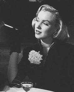 Marilyn Monroe, Right Cross (1951)
