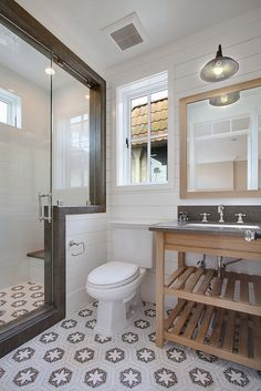 CHIC COASTAL LIVING: California Beach House, patterned tile bathroom bathroom design interior design decorating before and after design Bad Inspiration, Bathroom Inspiration, Ideas Baños, Decor Ideas, Tile Ideas, Ideas Para, Food Ideas, Beautiful Small Bathrooms, Bathroom Renos