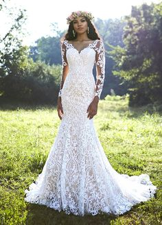 Long sleeve floral lace with sweetheart neckline and fit and flare bodice.