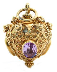 Italian-Vintage-Etruscan-Style-Amethyst-Charm-Pendant-in-18k-Yellow-Gold..