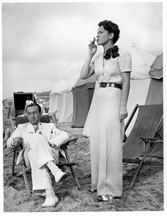 Hermès models - August 1939 - Deauville - Photo by the Seeberger Brothers