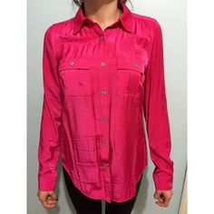 Button up top Brand new never wore because I bought the wrong size but very pretty shirt with vibrant color would go well with a black blazer or whenever you need a pop of color Forever 21 Tops Button Down Shirts