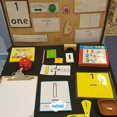 A Number a Week Maths Activity Station. Create your own Teaching Numbers, Numbers Preschool, Math Numbers, Kindergarten Math, Preschool Activities, Maths Eyfs, Eyfs Classroom, Classroom Displays, School Displays