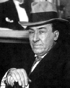 Antonio Machado Spanish poet and one of the leading figures of the Spanish literary movement known as the Generation of Raymond Carver, Pose, Writers And Poets, Book Writer, Great Women, Cool Countries, Cool Hats, Illustrations And Posters, Art Music