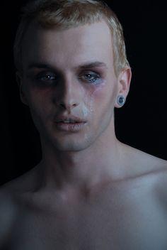 Photographer: Diamond Luisant Model: Camillo Christopher Madei