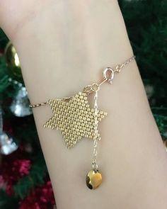 miyuki yıldız bilekik #instagram #instamood #instalike #instadiy #likes #good #miyuki #brickstitch #star #trend #miyukiaddict #miyukidelica #gold #design #desinger #newyear #newyearpresent #present #moda #miyukiboncuk #elyapımı #altın #yıldız #yıldızbileklik #aksesuar #elyapımıbileklik #boncuk #hediye #yeniyıl #yeniyılhediyesi