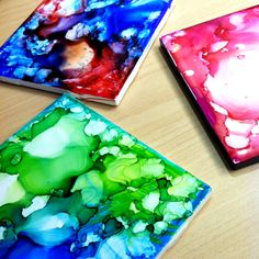 Create unique and colorful #DIY coasters using plain white tiles and #Sharpies (via #sharpieuncapped).